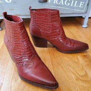 Sam Edelman Winona Croc Embossed Bootie Boots 8.5